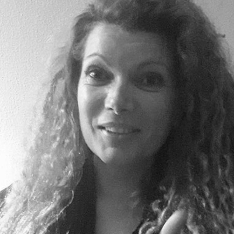 Conheça Dalila Dias, jurada do evento